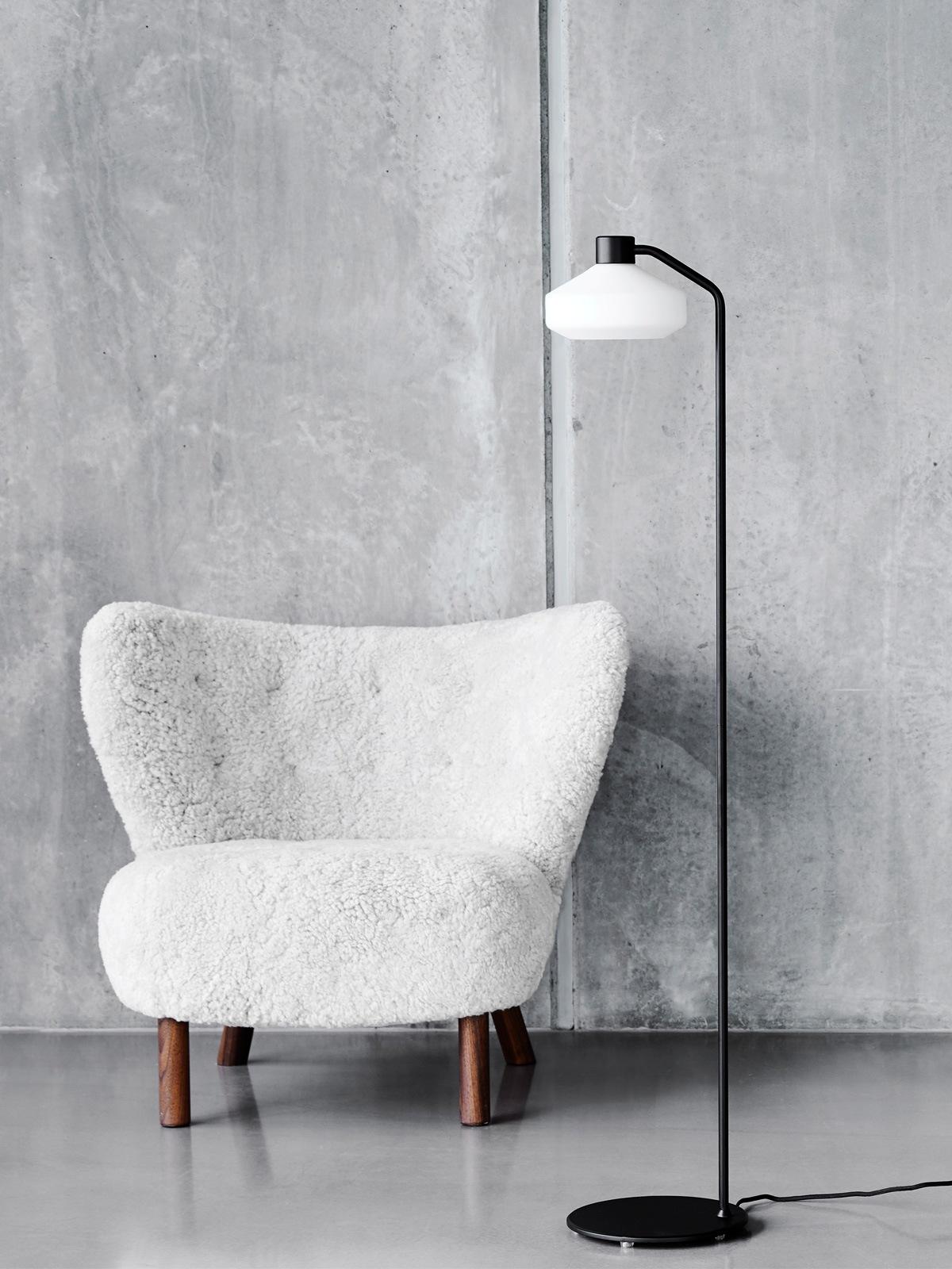 DesignOrt Blog: Mayor Floor Lamp Frandsen Stehleuchte DesignOrt Lampenladen Onlineshop Leuchten