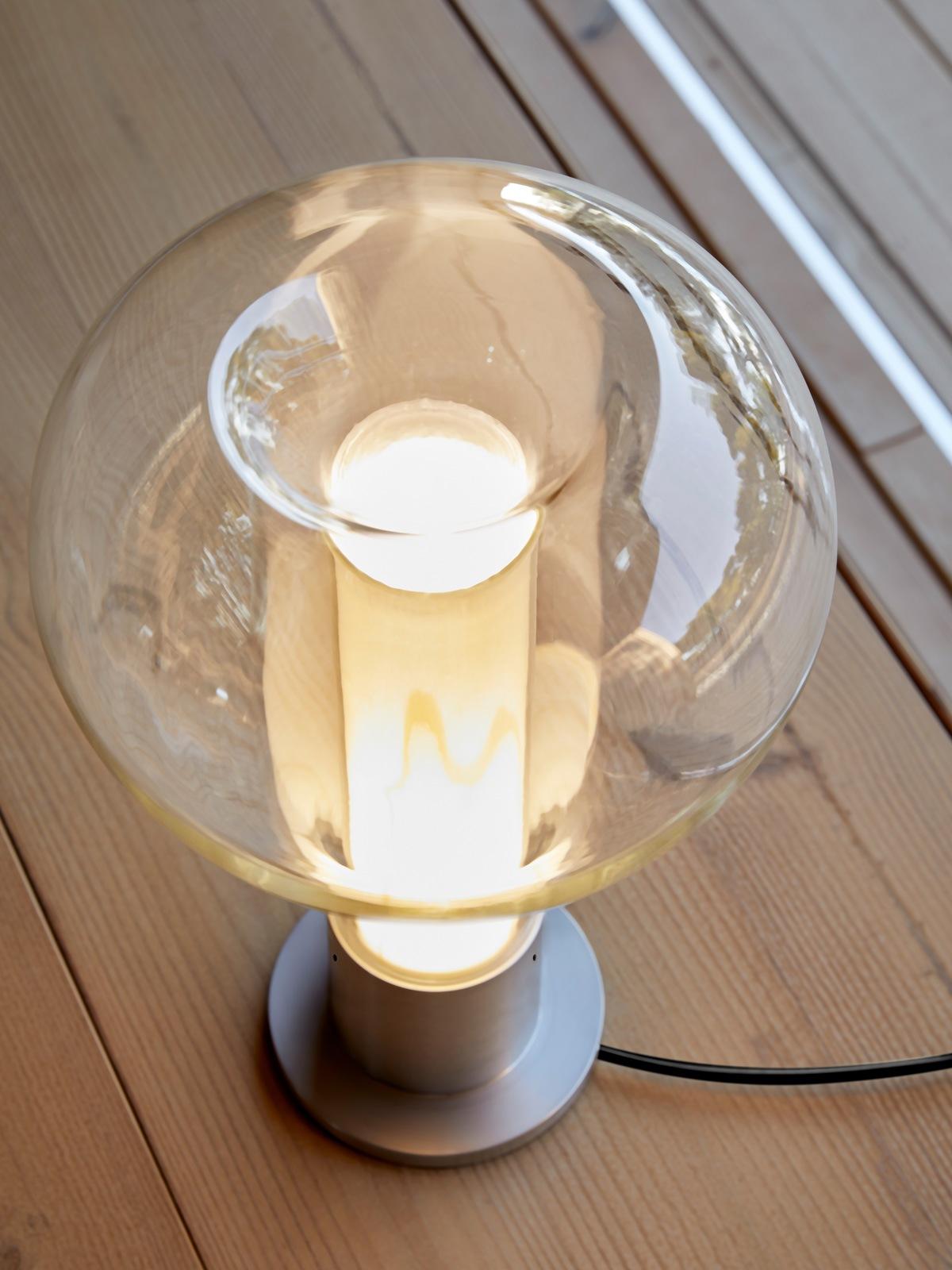 DesignOrt Blog: Eris m Tischleuchte Holz Metall Glas Designort Lampen Berlin Onlineshop Designerleuchten