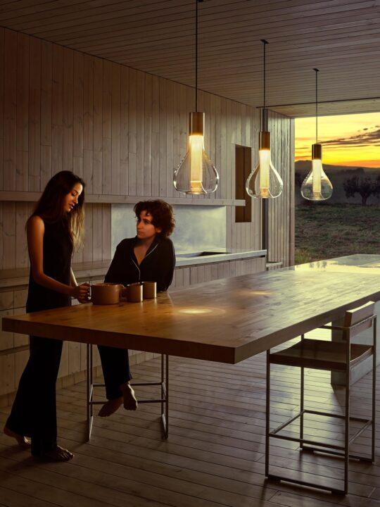 LZF Eris Pendelleuchte Holz Metall Glas Designort Lampen Berlin Onlineshop Designerleuchten