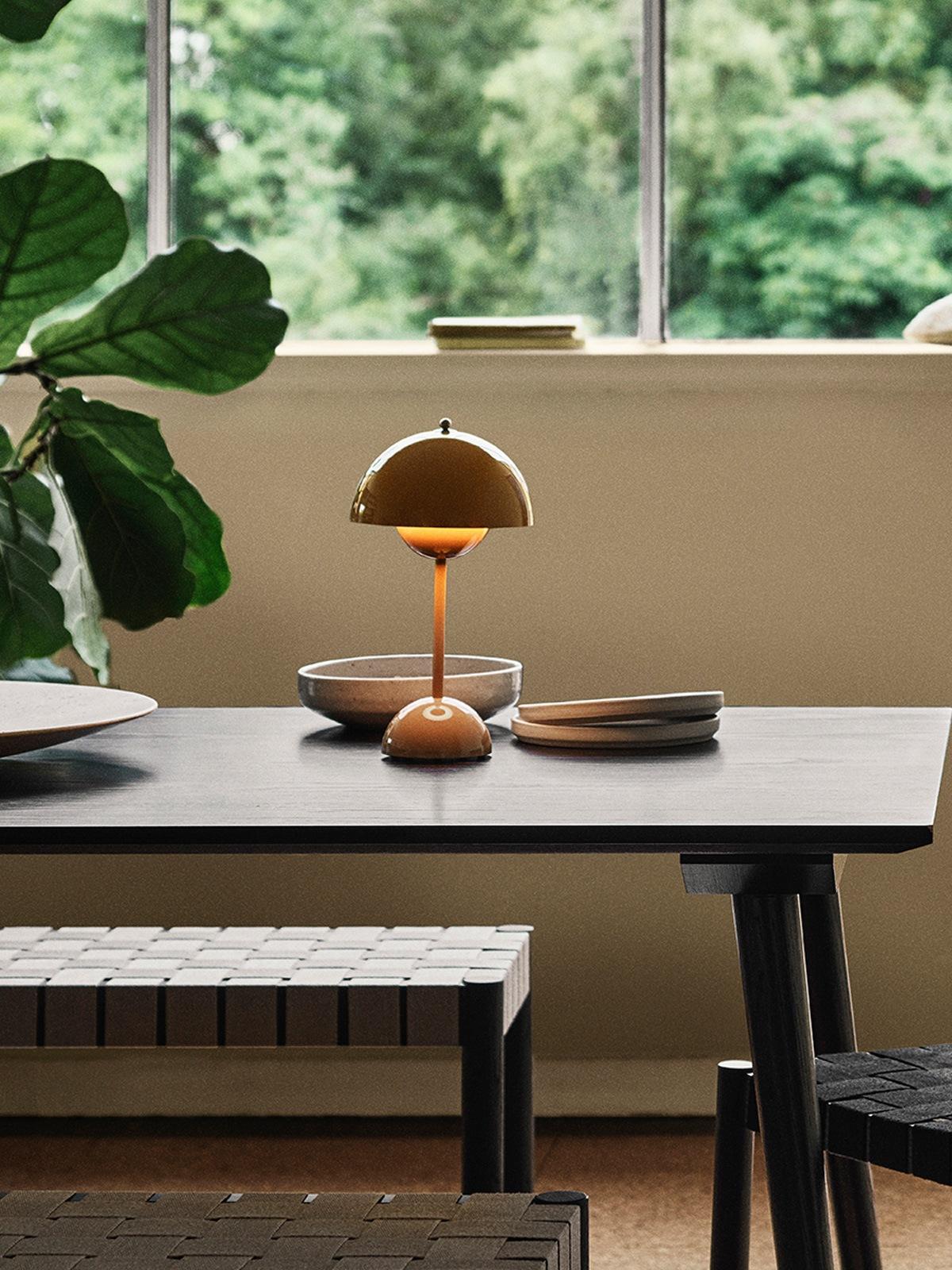 tragbare Akkuleuchte Flowerpot VP9 6tradition DesignOrt Lampen Berlin