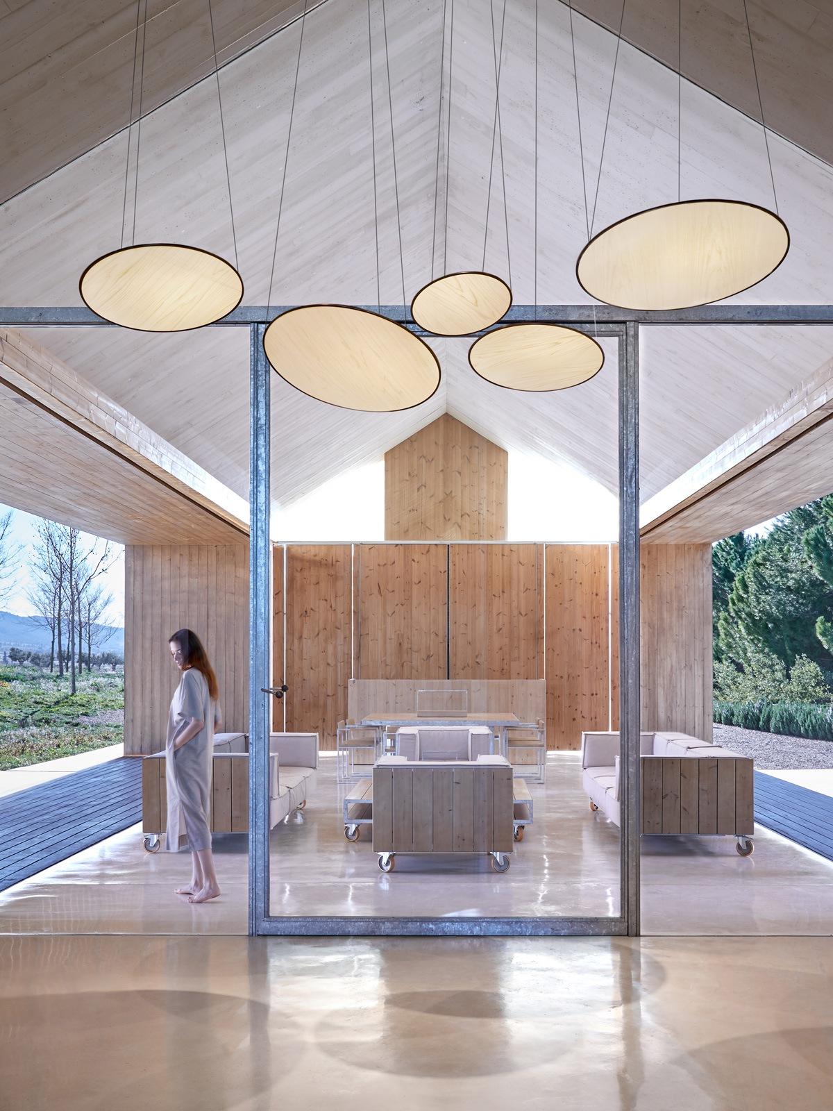 Designort Blog: Neue Designerleuchten von LZF Lamps Suns Pendelleuchte Holzleuchte DesignOrt Onlineshop Lampen Berlin