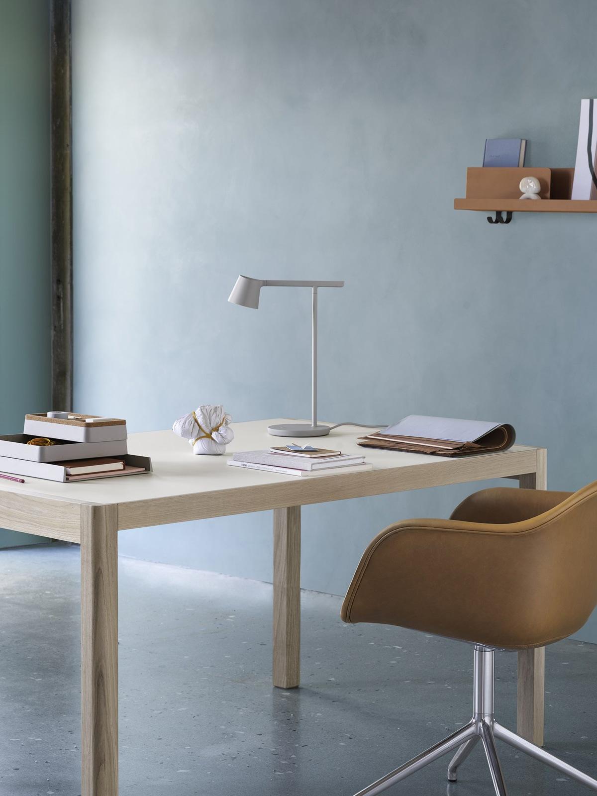 Tip Table Lamp muuto DesignOrt Lampen Onlineshop Laden Berlin
