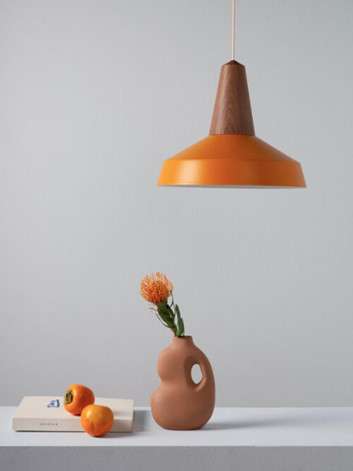 Schneid Designerleuchte Eikon Shell DesignOrt Berlin