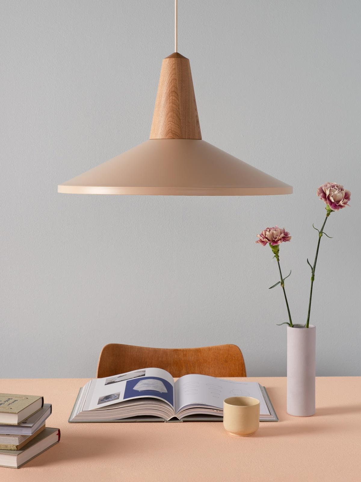 Schneid Leuchte Eikon Shell DesignOrt Lampen Berlin