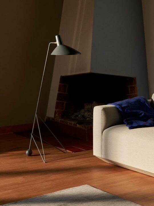 dänische Designerleuchte Stehlampe Tripod von &tradition