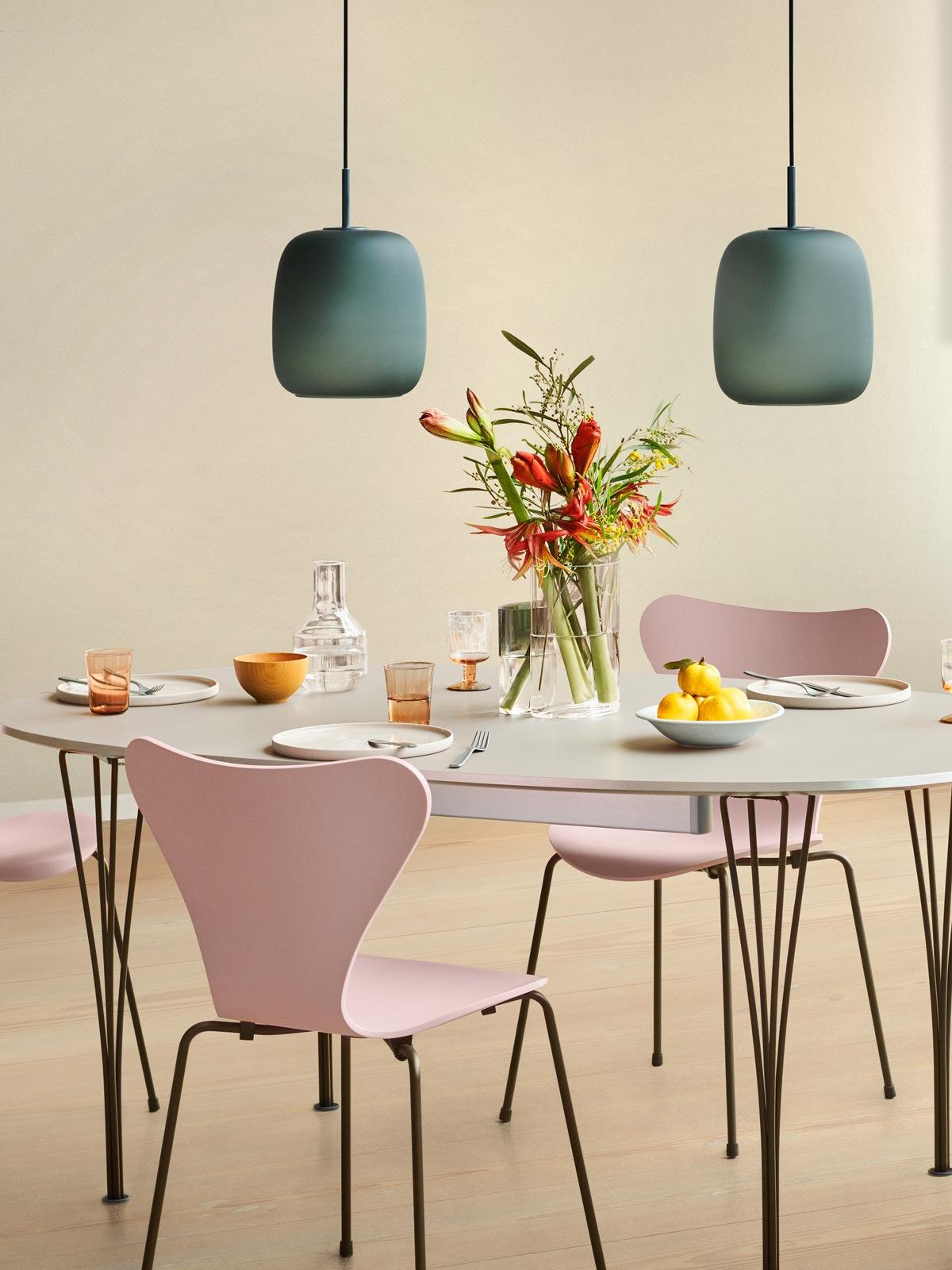 Lampen Blog neue skandinavische Glasleuchten Fritz Hansen Glas Lampe Maluma DesignOrt Onlineshop Leuchten