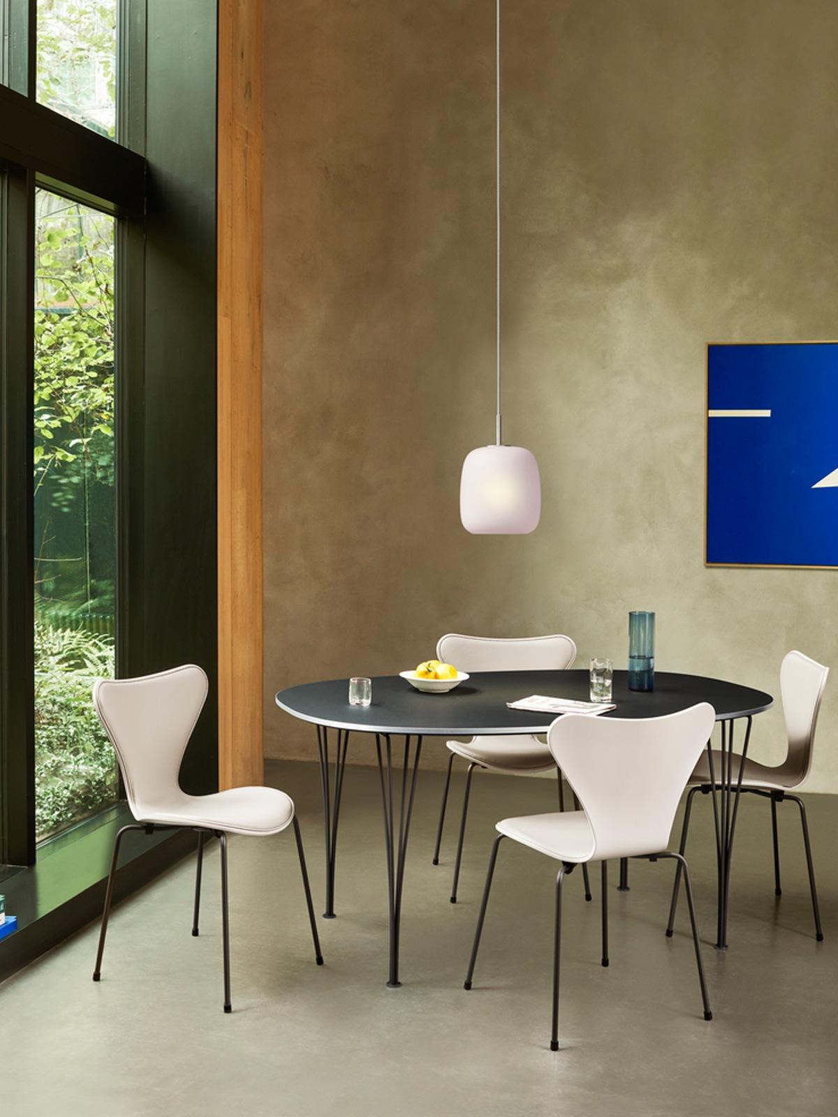 Republic of Fritz Hansen Maluma Glas Leuchte DesignOrt