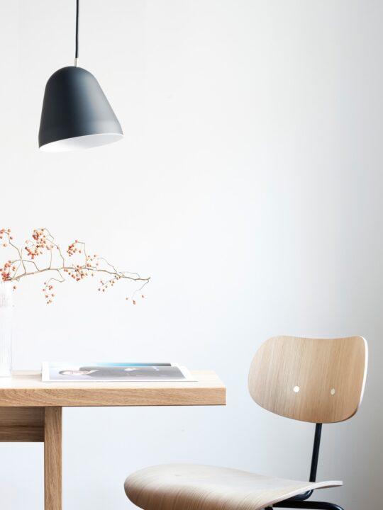 NYTA TILT Pendelleuchte mit beweglichem Schirm DeisgnOrt Onlineshop Lampen