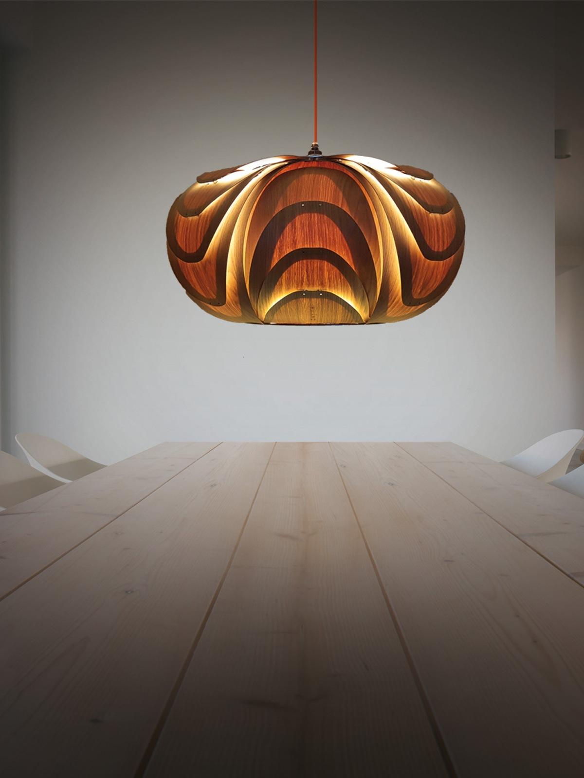 ONYEE Lights Anita Eiche Holzleuchte DesignOrt Leuchten Berlin