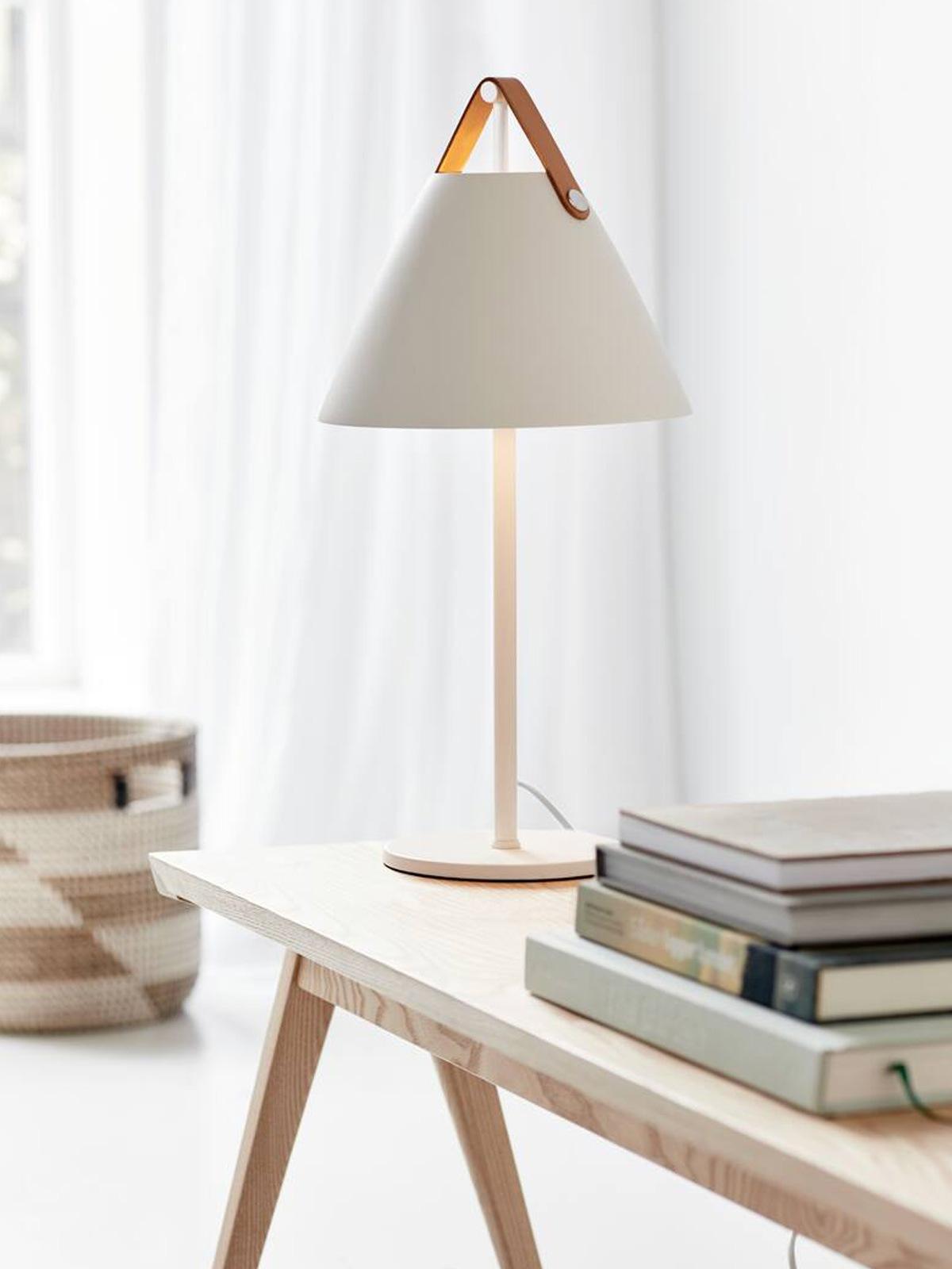 DesignOrt Blog: Strap Lampenfamilie Tischleuchte Design for the People Nordlux