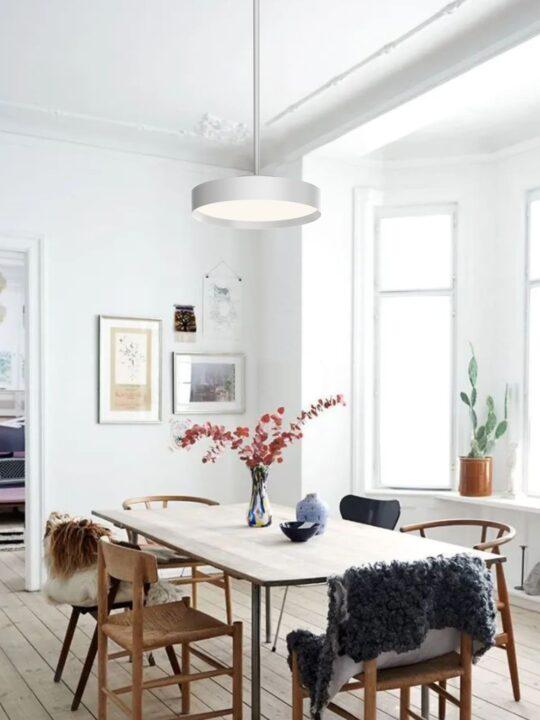 Lucia Rod Pendelleuchte LOOM Design skandinavische Designerleuchte DesignOrt Onlineshop Berlin