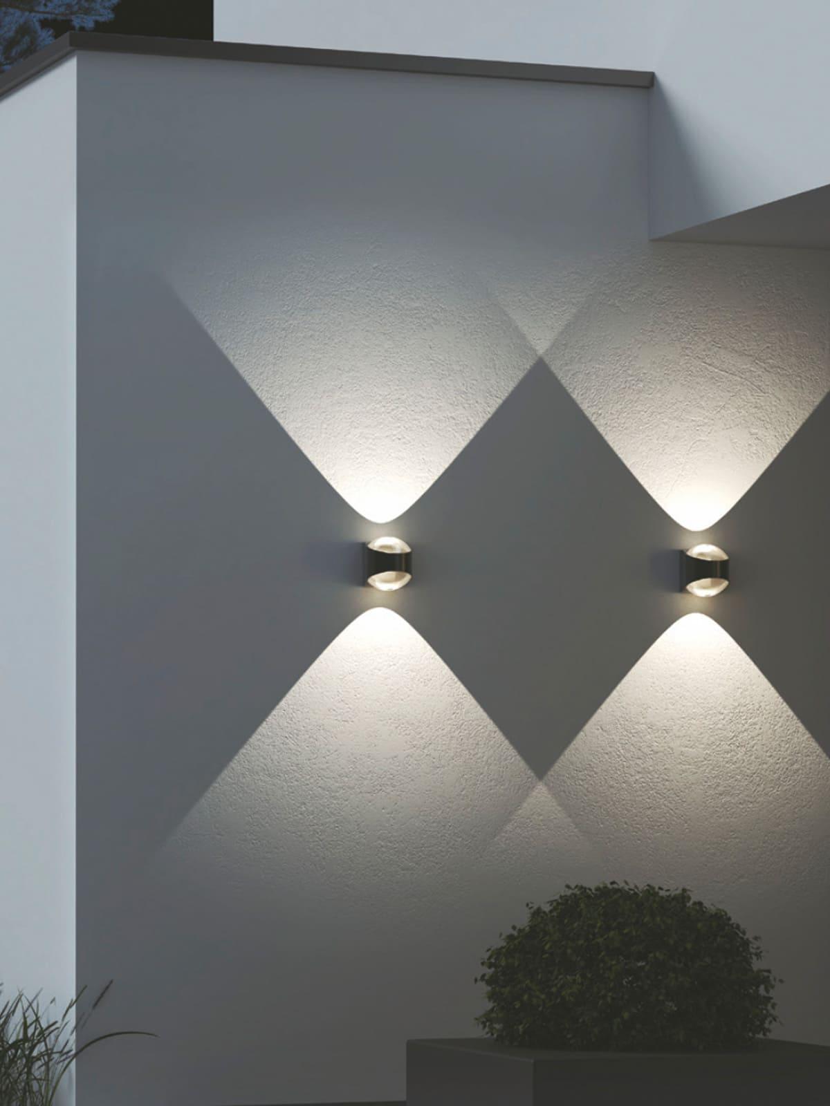 Designerleuchte Wandlampe für drinnen und draußen LOOM Design SAGA