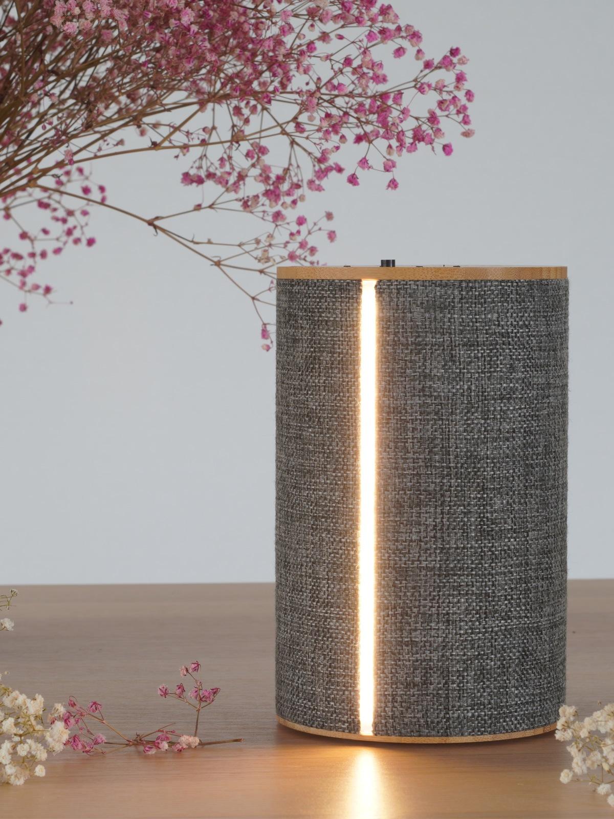 DesignOrt Blog: Lampen & Leuchten von LOOM Design SILO 2 tragbare Box mit Beleuchtung DesignOrt Leuchten Berlin