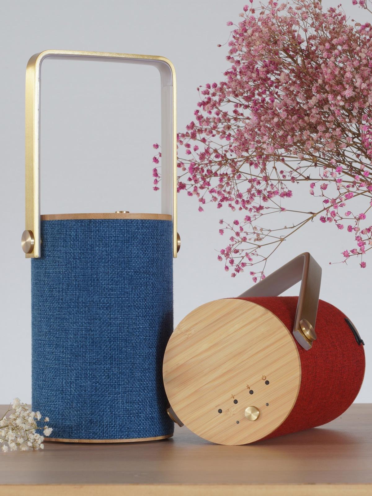 DesignOrt Blog: Akkuleuchte und Lautsprecher in einem Silo von LOOM Design online kaufen bei DesignOrt