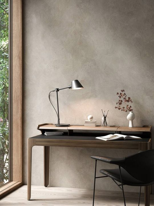 Design for the People Lampe Stay Long Table