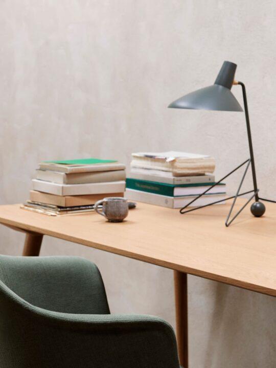 Tischlampe Tripod HM9 &tradition DesignOrt Onlineshop Lampen Berlin