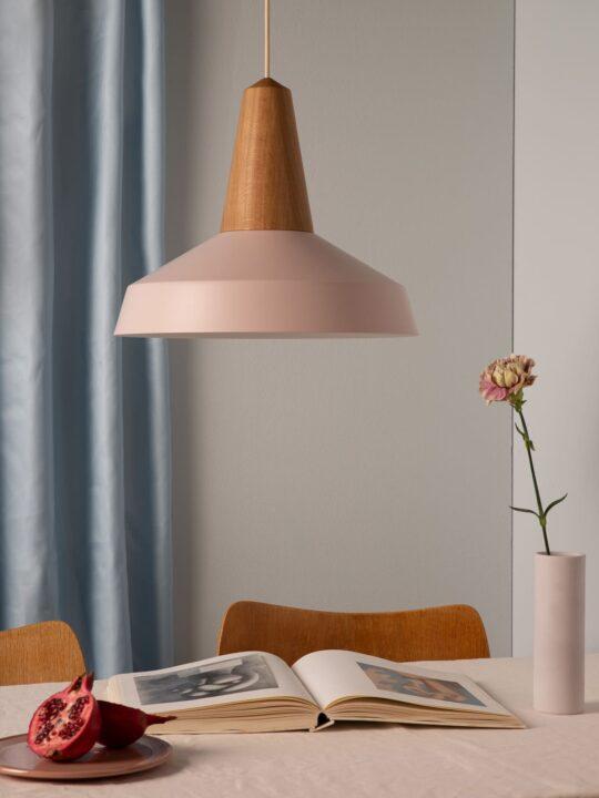 Schneid Lampe Eikon Circus Rose DesignOrt Lampen Berlin