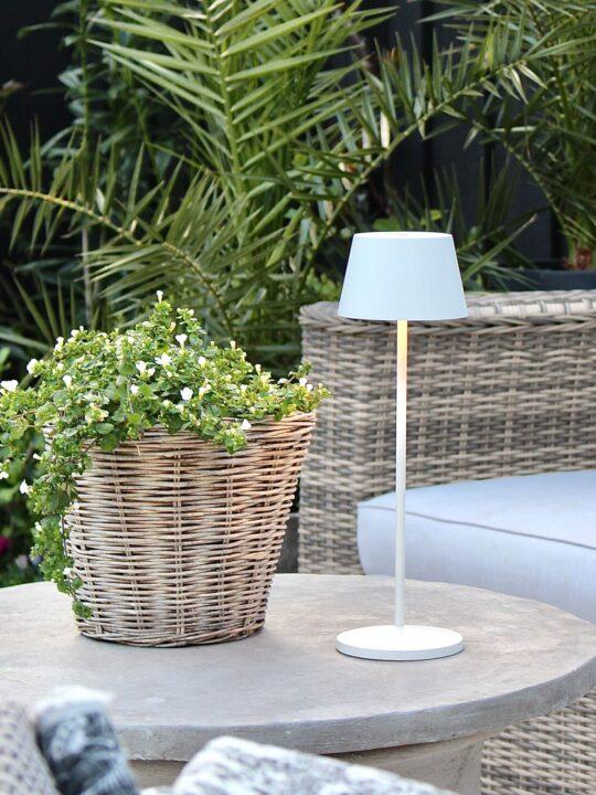 Aufladbare Tischlampe für draußen LOOM MODI