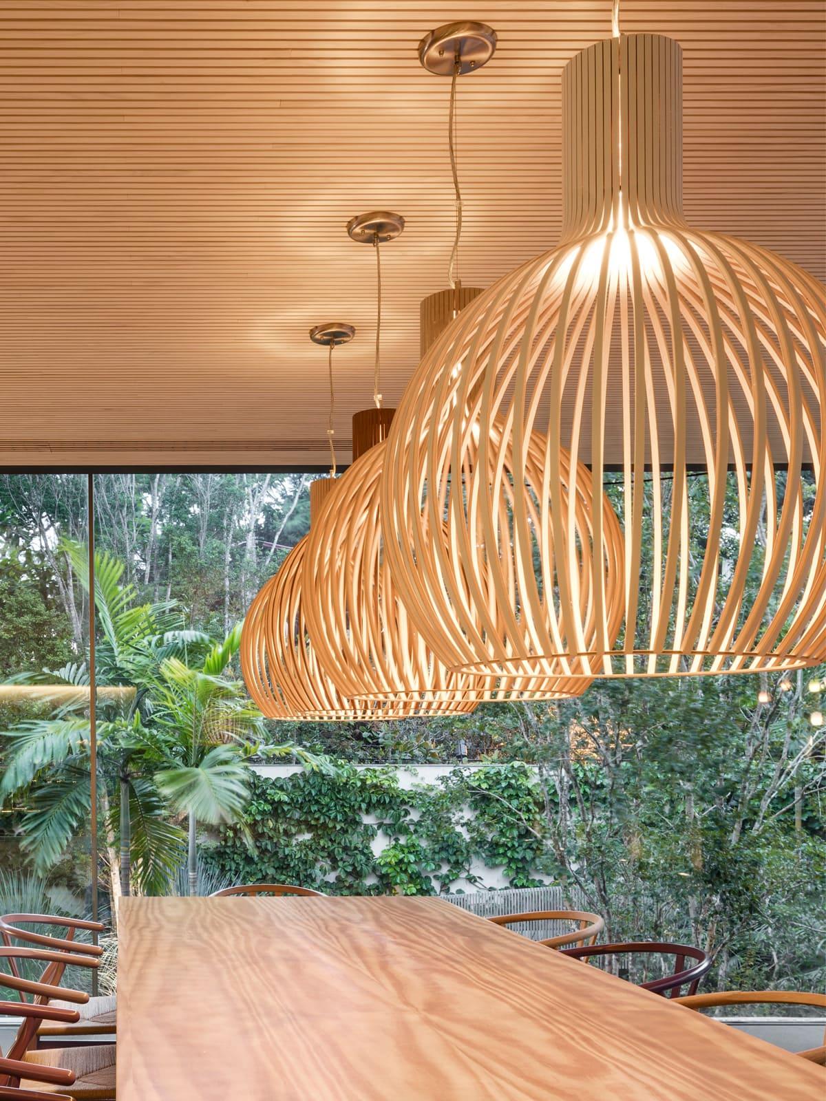 Große Holzleuchten für Tische Secto Octo 4240 Designerleuchten online kaufen