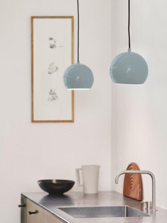 Frandsen Ball Pendant in Mint DesignOrt Onlineshop Lampen
