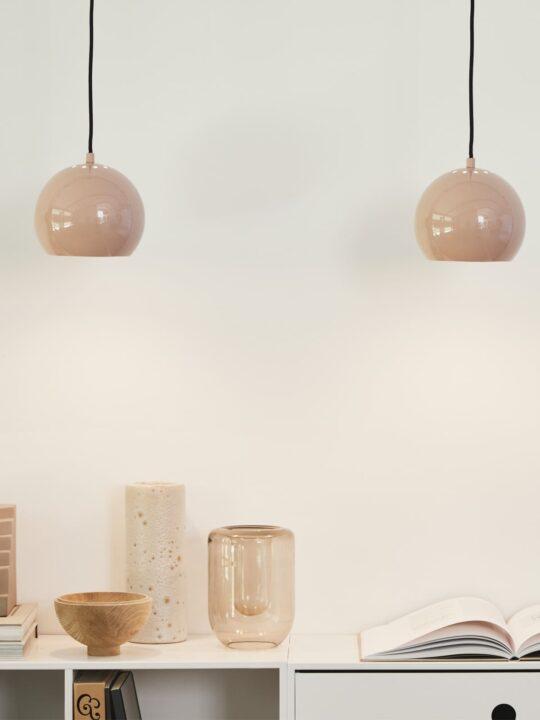 Ball Lampe von Frandsen Onlineshop DesignOrt