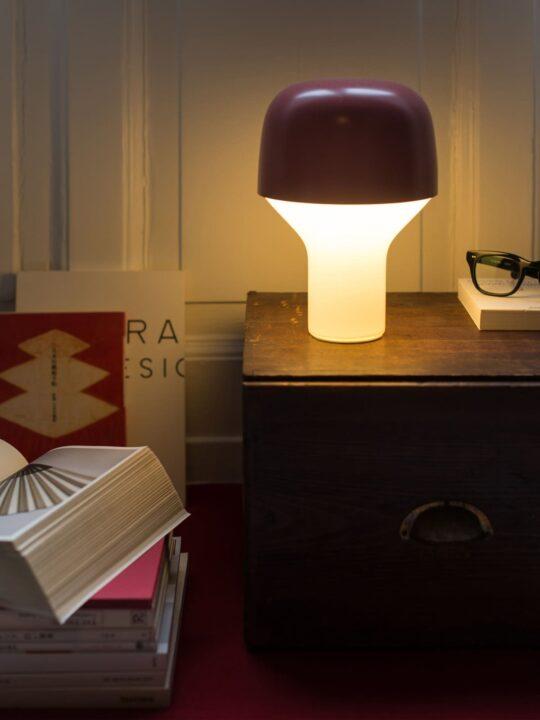 TEO Lampe Cap mit Fuß aus Glas Lampe Made in Germany