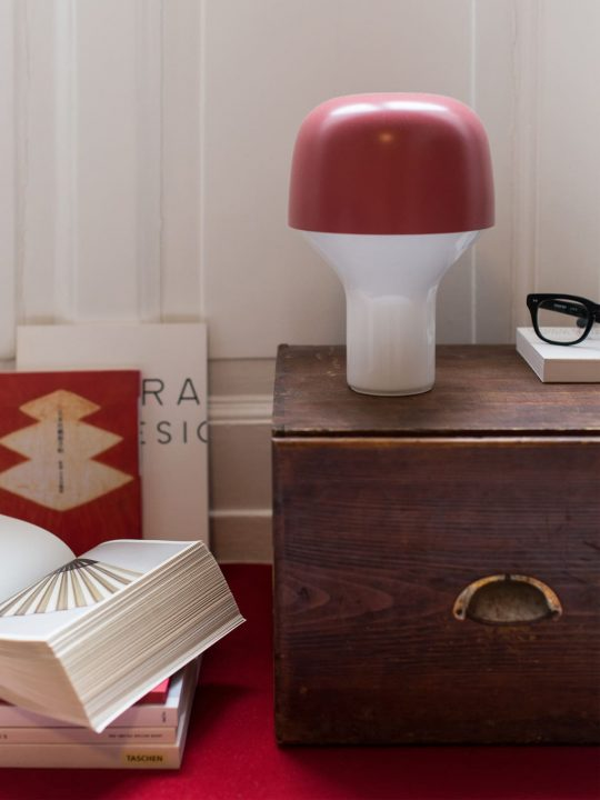 TEO Lampe CAP Everyday Objects Lampe Handarbeit